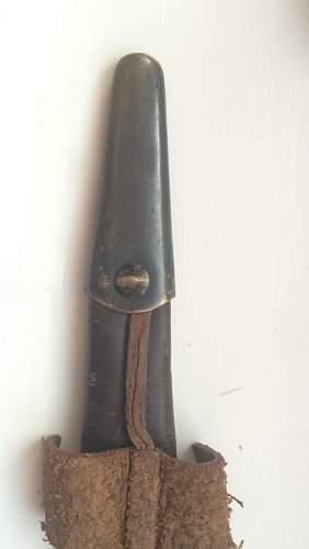 Commando dagger 3rd patern 21 broad-arrow, extra info needed