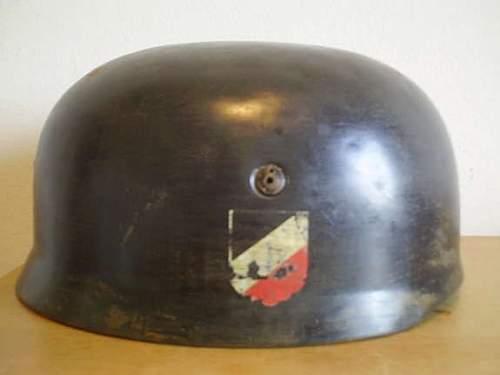 Fallschirmjager helmet--FAKE or....??