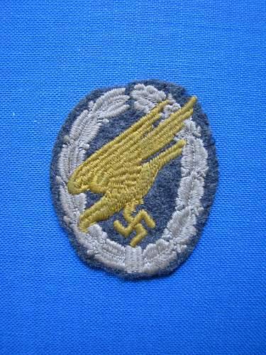FJ cloth badge found in Crete!