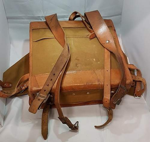 Click image for larger version.  Name:german ww2 square framed backpack rear(1).jpg Views:71 Size:96.0 KB ID:1008082