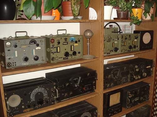 German Radio of some kind... Please help!!