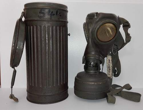 Gasmask M38 and canister manifacturer markings identification.