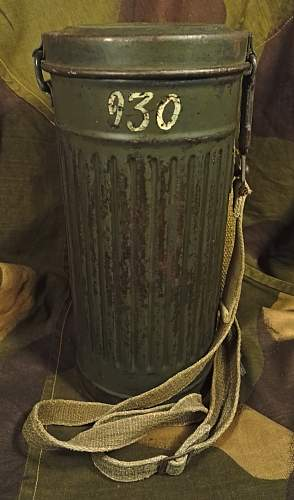Late War Gasmask Can with name