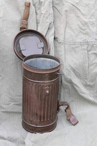 Help with Identification of Gas Mask
