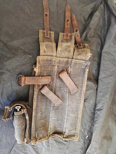MP40 Pouches - Help Needed!