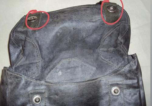 Buttons of a Gasplane pouch