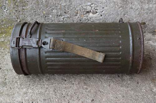 SS  named M38 gas mask can - original or not?