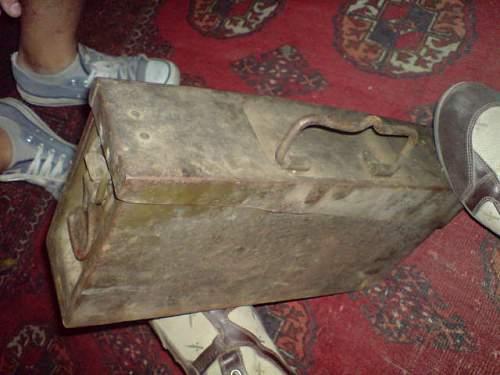 MG42 ammo box??