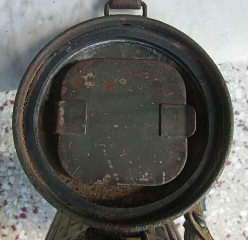 Gasmask can rubber sealer