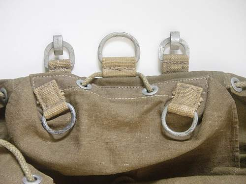 Click image for larger version.  Name:Tropical-rucksack-005.jpg Views:133 Size:134.5 KB ID:13258