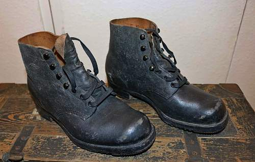 WW2 German Wehrmacht  low ankle boots?
