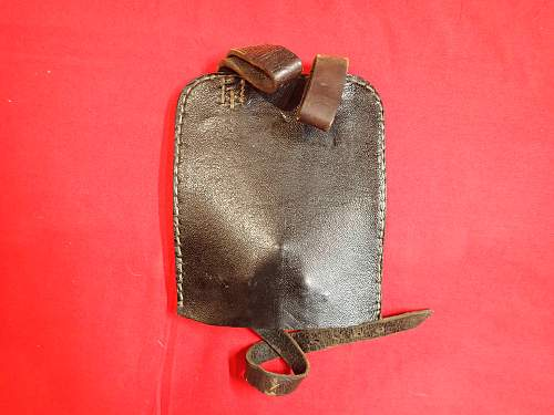 Kleines Schanzzeug (entrenching tool) & carrier opinions