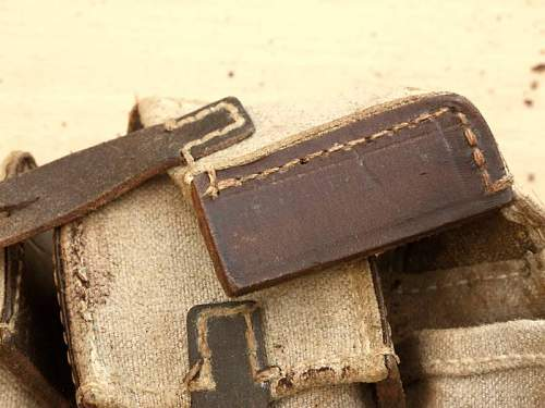 Click image for larger version.  Name:MP44pouch04.jpg Views:346 Size:59.1 KB ID:139612