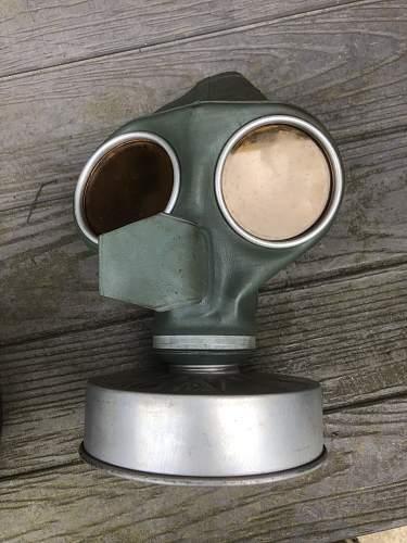 RLB LUFTSCHUTZ Respirator /  Gasmask & Cannister