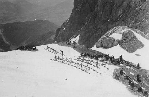 Click image for larger version.  Name:GEBIRGS DIVISION .GERMAN MOUNTAIN TROOPS 077.jpg Views:4574 Size:241.4 KB ID:192908