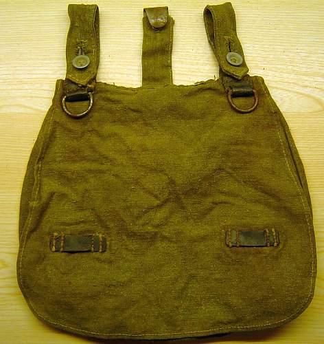Heer bread bag & field shovel
