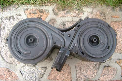 Saddle drum for a MG.13