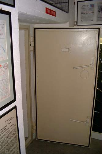 Click image for larger version.  Name:STO GAS LOCK DOOR.jpg Views:431 Size:73.1 KB ID:268122