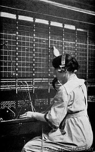 Click image for larger version.  Name:C0083506-Telephone_switchboard_operator,_1914-SPL.jpg Views:614 Size:52.9 KB ID:270586