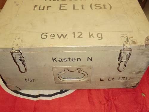 Click image for larger version.  Name:WOODEN CASE FOR CARBIDE LANTERNS AND SPARES 2.jpg Views:247 Size:246.2 KB ID:271460
