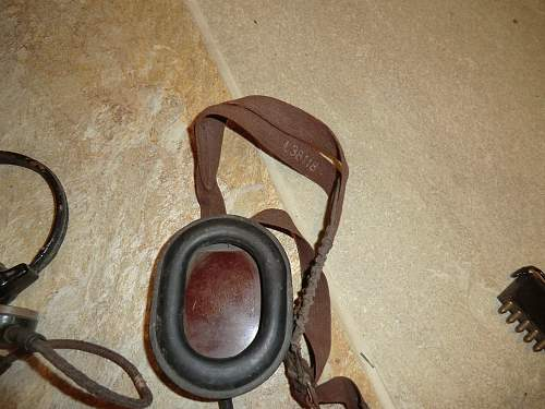 Click image for larger version.  Name:EARPHONE AND THROATMIKE 3.jpg Views:91 Size:255.2 KB ID:275173
