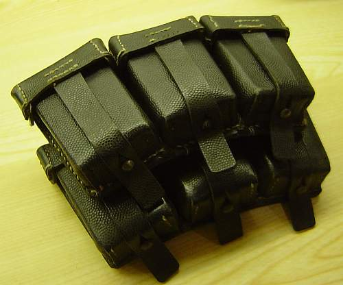 Matching K98 ammo pouches, RB-Nr. 0/0365/0012