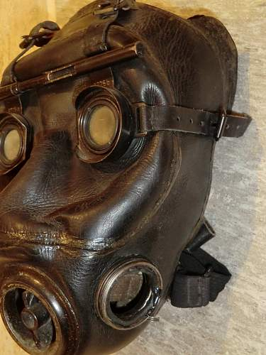 Click image for larger version.  Name:OPTIC GAS MASK 3.jpg Views:4159 Size:247.6 KB ID:280238