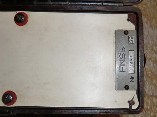 FNSb, emergency transmitter.