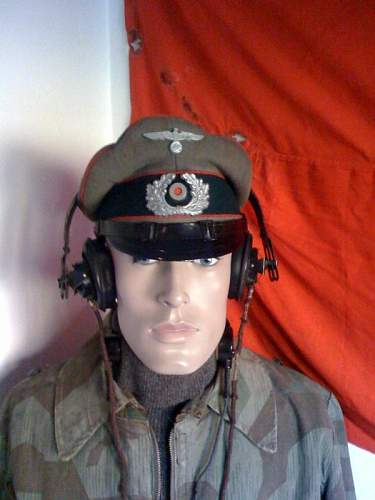 Headset and throat mikes: Luftwaffe or Panzer?