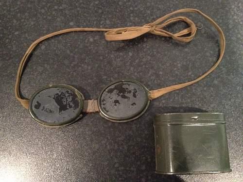 help identify goggles