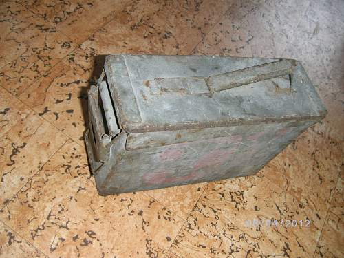 Need help,is this ammo box  German ?