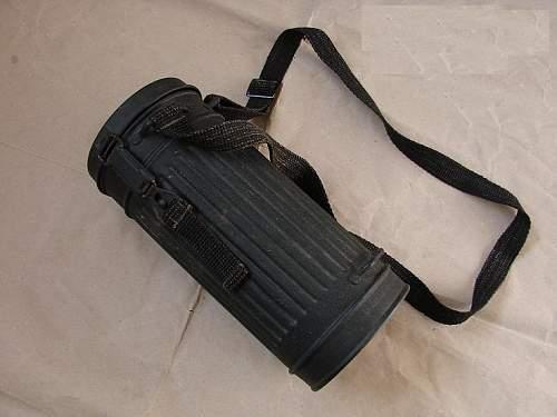 black gasmask original?