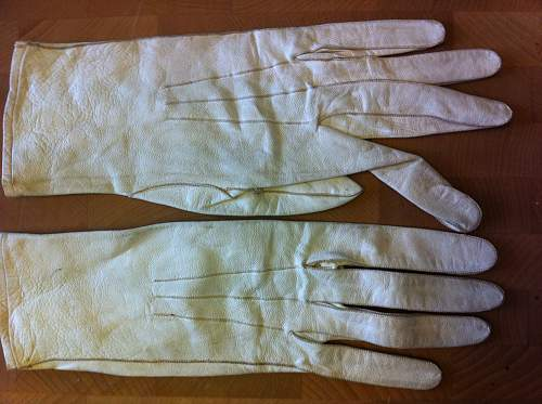 Click image for larger version.  Name:gloves 10.jpg Views:91 Size:255.5 KB ID:341286