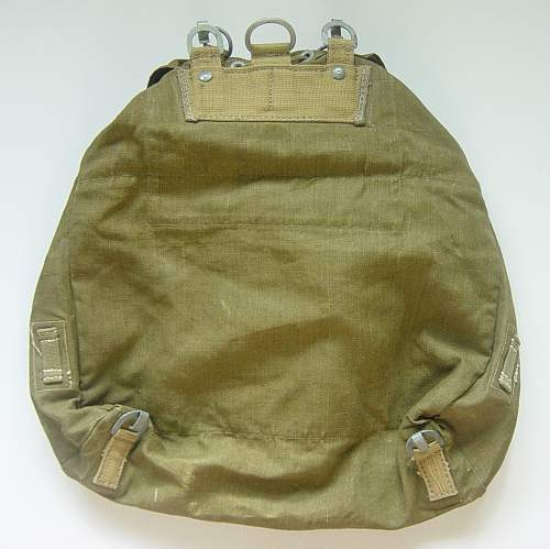 Click image for larger version.  Name:Tropical rucksack 002.jpg Views:82 Size:167.6 KB ID:35776