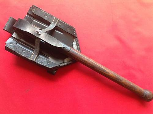 Wwii german army entrenching shovel  carrier