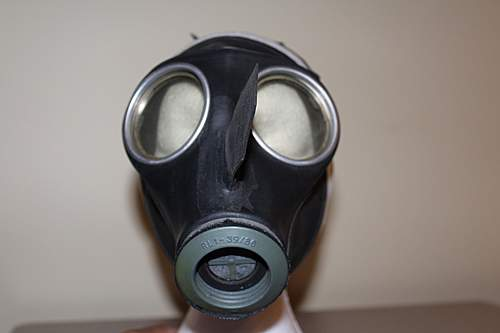 VM40 Boxed Gasmask by Auer