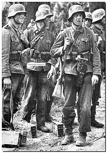 Click image for larger version.  Name:waffen-SS-rare-images-pictures-france.jpg Views:289 Size:133.5 KB ID:396631