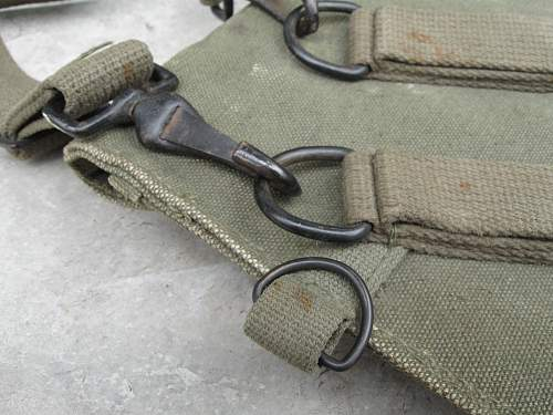 Please, anyone can identify this pouch?