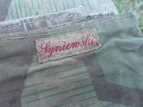 Clothing and equipment labels - who has items with them on?