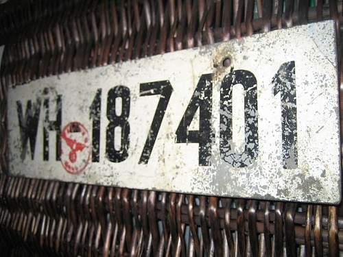 Click image for larger version.  Name:Heer, bilskilt funnet på Gjøvik b.JPG Views:83 Size:66.0 KB ID:422011