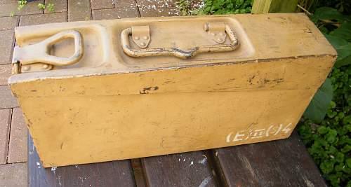 Tan camo MG34 ammo tin 1940 dated