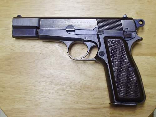 FN Browning Hi Power (GP35) Pistole 640(b) holster
