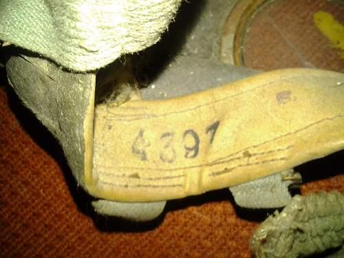 Is this a German gasmask? M30? Help!
