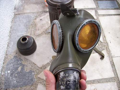New salty gas mask set