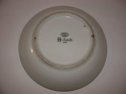 Click image for larger version.  Name:Bottom SS-Reich Bowl.jpg Views:582 Size:35.2 KB ID:570529