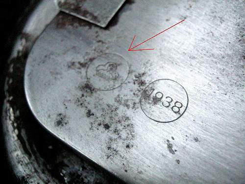 The stamp on the canister gas mask?