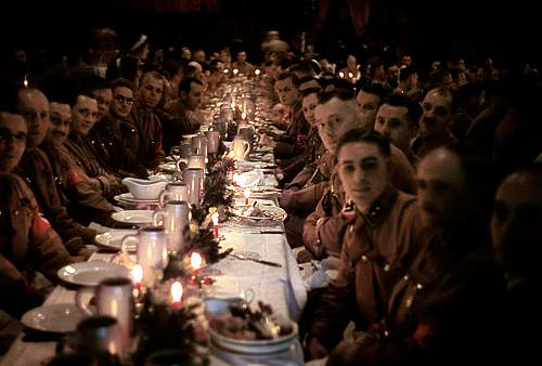 Click image for larger version.  Name:Inside-a-Nazi-Christmas-Party-thrown-by-Adolf-Hitler-for-his-generals-1941.jpg Views:53 Size:182.3 KB ID:616149