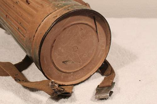 Two toned Camo gas mask canister