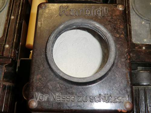 Click image for larger version.  Name:METAL CASED CARBIDE LAMPS AND SPARES 11.jpg Views:101 Size:310.0 KB ID:637884