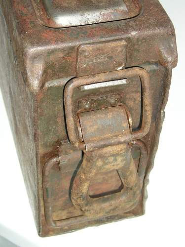 MG34/42 ammo can.